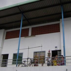 sonja_spruit_vietnam_housing_high_street